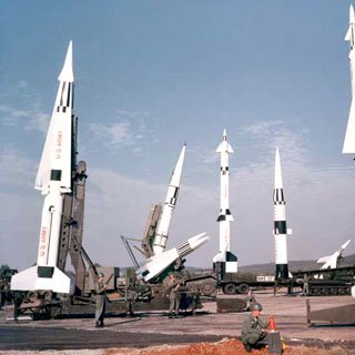 Defence minister: Anti-missile defence system in Turkey not threat