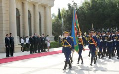 Montenegrin President officially welcomed to Azerbaijan (PHOTO) - Gallery Thumbnail