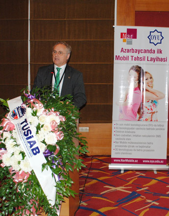 Azerbaijan presents first 3G mobile education project (PHOTO) - Gallery Image
