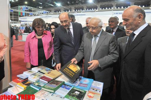 Bakıda 2-ci beynəlxalq kitab sərgi yarmarkası öz işinə başlayıb (FOTO) - Gallery Image