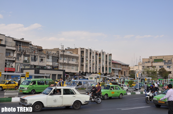 Iran officials to keep imported auto tariffs down