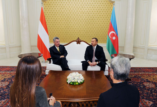 Presidents of Azerbaijan and Austria meet one-on-one (PHOTO) - Gallery Image