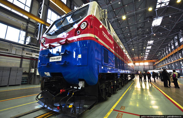 Kazakhstan launches export of electric locomotives