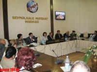 Азербайджанские депутаты выступают за принятие турецкого языка в качестве общетюркского (ФОТО) - Gallery Thumbnail