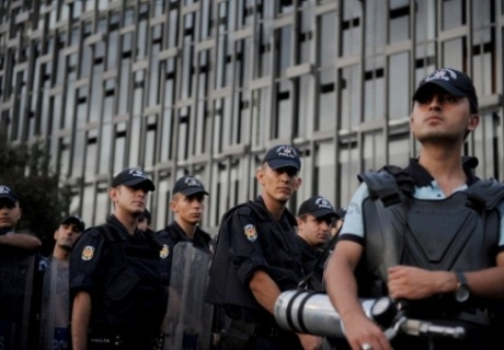 23 police removed at security department of Turkish Prime Ministry