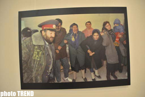 Unique work of French photographer devoted to Khojaly tragedy presented in Baku (PHOTO) - Gallery Image