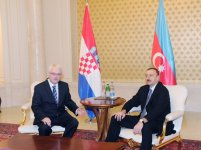 Presidents of Azerbaijan and Croatia meet one-on-one (PHOTOS) - Gallery Thumbnail