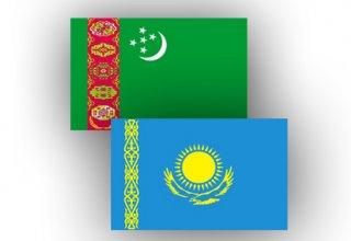 Turkmenistan, Kazakhstan discuss co-op in trade, economic sphere