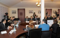 Baku hosts round table on Civil Society: Realities and Prospects (PHOTO) - Gallery Thumbnail
