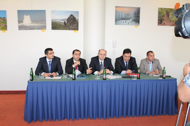 В рамках форума ASAIF состоялась встреча послов и азербайджанской молодежи, обучающейся за рубежом (ФОТО) - Gallery Image
