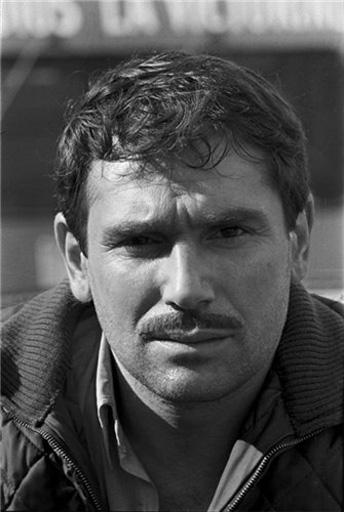 Всемирно известный азербайджанец из Франции Робер Оссейн-Гусейнов, или граф Жофрей де Пейрак (ФОТО) - Gallery Image