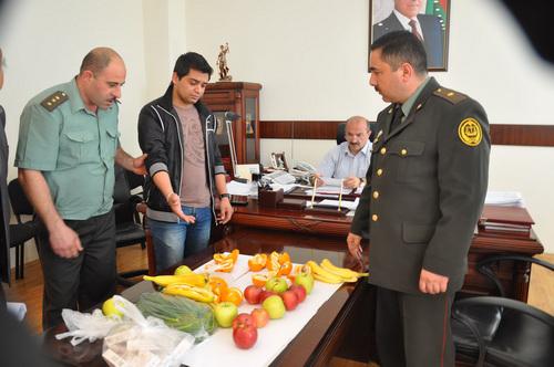 В Баку пресечена попытка передачи заключенному наркотиков внутри апельсина (ФОТО) - Gallery Image