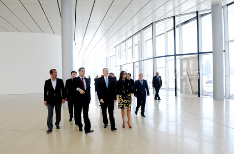 President Ilham Aliyev and his spouse inspects construction work at several places in Baku (PHOTO)