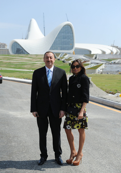President Ilham Aliyev and his spouse inspects construction work at several places in Baku (PHOTO) - Gallery Image