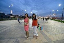 Фанаты прибывают в Baku Crystal Hall на второй полуфинал Евровидения-2012 (ФОТО) - Gallery Thumbnail