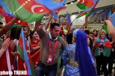 """Азербайджанские танцы в пресс-центре Baku Crystal Hall -  открытие """"Евровидения-2012"""" (фотосессия) - Gallery Thumbnail"""