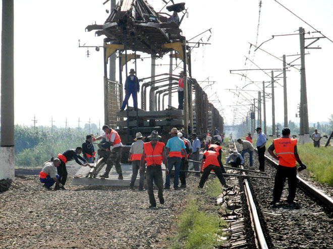 Azerbaijan repairs over 60 per cent of the railway to the west