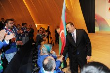 Azerbaijani President and his spouse attend seeing off ceremony of Olympic athletes (PHOTO) - Gallery Thumbnail