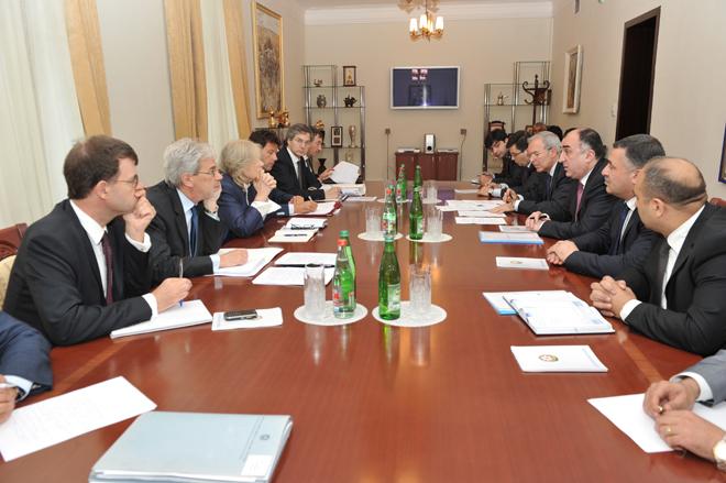 Глава МИД Азербайджана встретился с заместителями министров Италии
