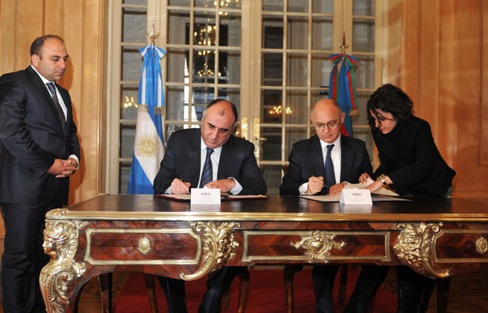 Azerbaijan, Argentina sign agreement on trade and economic cooperation (PHOTO)
