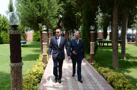 President of Azerbaijan gets acquainted with newly reconstructed Youth Park and Flag Square in Jalilabad (PHOTO) - Gallery Image