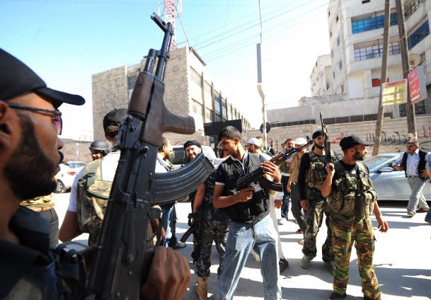 Free Syrian Army surrounds three military airports in Aleppo