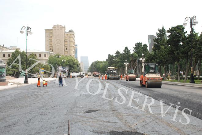 Neftçilər prospektində asfalt-beton örtüyünün salınmasına başlanılıb (FOTO) - Gallery Image