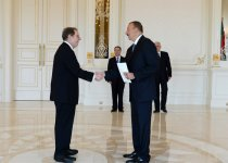 President Ilham Aliyev receives credentials of incoming U.S. ambassador - Gallery Thumbnail