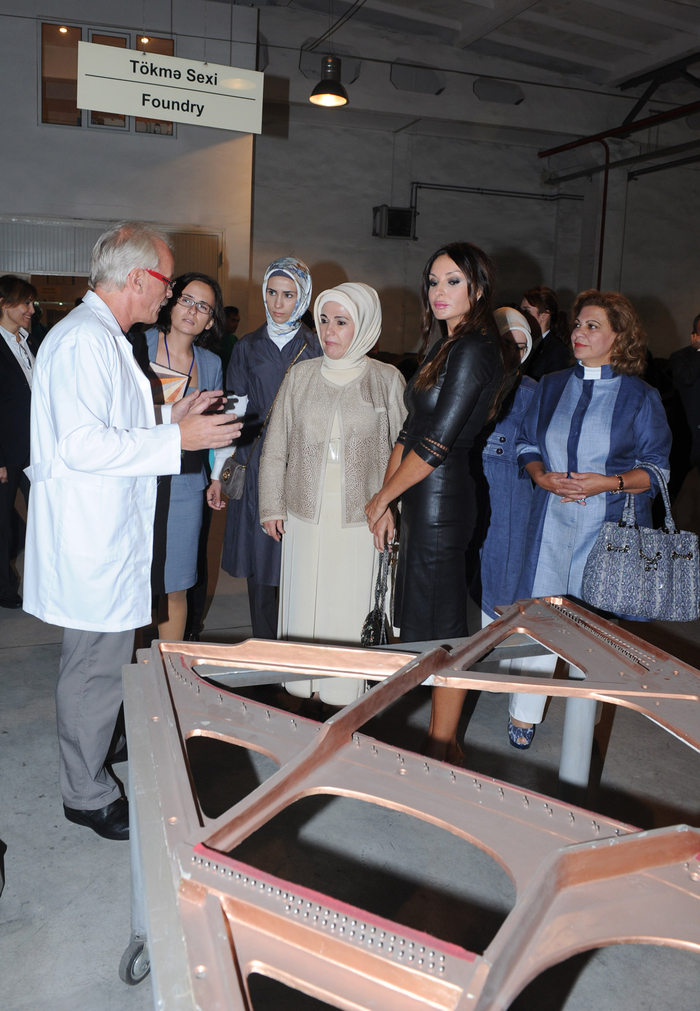 Azerbaijan`s first lady and spouse of Turkish Premier visit piano factory in Gabala (PHOTO) - Gallery Image