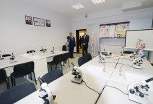 Prezident İlham Əliyev paytaxtın Bülbülə qəsəbəsində yeni inşa olunmuş 327 nömrəli tam orta məktəbin açılışında iştirak edib (FOTO) - Gallery Thumbnail