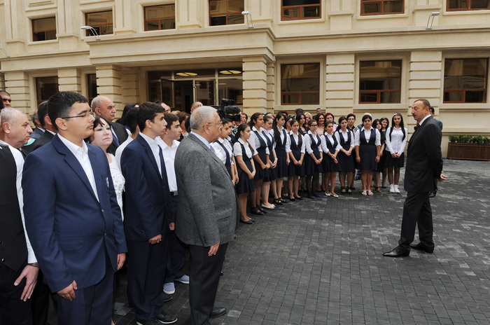President Ilham Aliyev opens newly reconstructed school No 18 in Baku on Knowledge Day (PHOTO)
