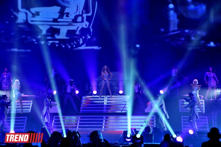 Дженнифер Лопес выступила в Баку с концертной программой (ФОТО) - Gallery Image