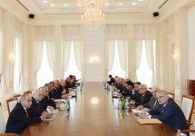 Azerbaijani President chairs Cabinet meeting to discuss results of socio-economic development in nine months of 2012 - Gallery Thumbnail