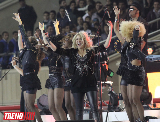 Shakira performed at the closing ceremony of the FIFA U-17 Women's World Cup in Azerbaijan (PHOTO, VIDEO)
