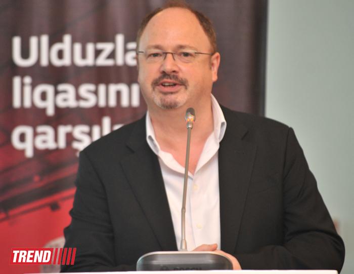 """Azərbaycanın """"Bakcell"""" mobil rabitə operatoru  """"Mançester Yunayted""""lə saziş imzalayıb (FOTO) - Gallery Image"""