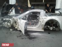 Car crashes into barrier in City Challenge car race in Baku, no one injured (PHOTO) - Gallery Thumbnail