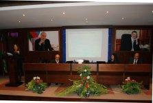 Azərbaycanın bank sistemi üçün yeni hesablar planının tətbiqinə dair seminar keçirilir (FOTO) - Gallery Thumbnail