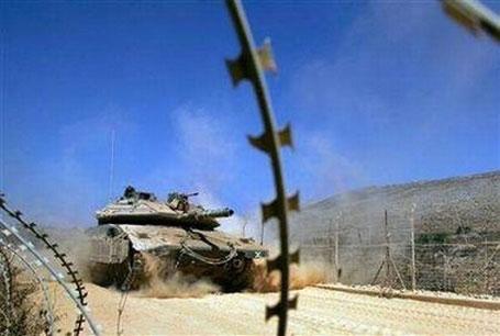Израиль открыл огонь по территории Сирии в ответ на обстрел Голанских высот