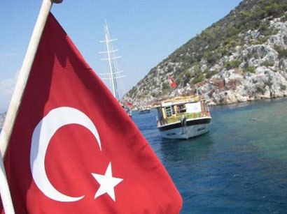 Turkey's Antalya thronged with 9M foreign tourists