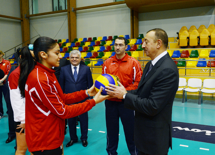Azerbaijani President opens administrative building and volleyball ground of Azeryol club and Azeryol hotel (PHOTO) - Gallery Image