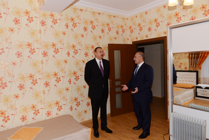 Azerbaijani President and his spouse attend opening ceremony of apartment buildings for disabled and martyr families in Sumgayit (PHOTO) - Gallery Image