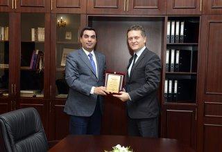 Turkish Ambassador to Azerbaijan visits Baku High Oil School (PHOTO)