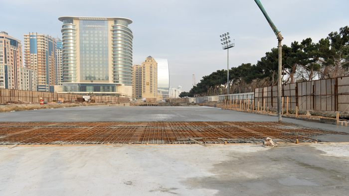 President Ilham Aliyev inspects construction work at underground parking lot in Azadlig Square (PHOTO) - Gallery Image