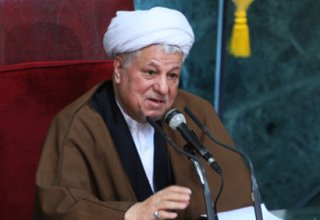 Ex-president of Iran Rafsanjani meets Khamenei, asks for release of opposition leaders