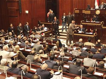 Egypt's Shura council approves controversial new elections law