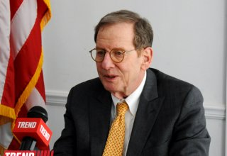 US Ambassador meets with Free Thought University's representatives