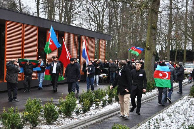 Events dedicated to Khojaly tragedy continue in Hague (PHOTO)