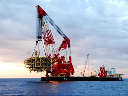 Topsides of new mining platform successfully installed in Caspian Sea
