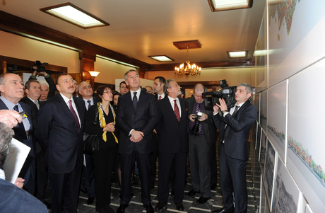 President Ilham Aliyev familiarizes himself with projects to be implemented in Montenegro by Azerbaijan (PHOTO) - Gallery Image