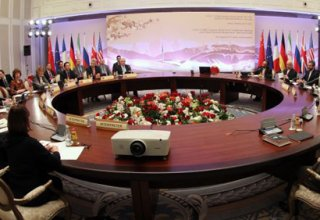 Agreement signed on Iran not perfect, says Zarif